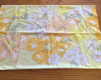 Vtg 70's J C Penney Fashion Manor  Bold Yellow Floral Standard Pillowcase- 70s bedding, pillowcase, vintage yellow floral pillowcase