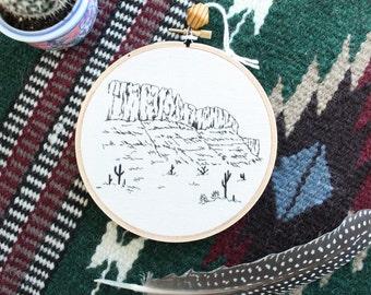 MADE TO ORDER - Desert Scene, Desert decor, Embroidery Hoop Art, Desert Embroidery, Embroidery Art, Desert Art, Hoop Art, Unique Gift, Gift
