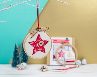 Craft kit - Make your own Christmas bauble kit - Gift for craft lovers - Gift for sewers - Embroidery hoop bauble kit - Christmas ornament