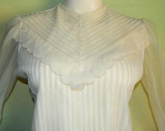 XS S Mad Men Style 50s 60s Sheer Nylon Pintuck Blouse Button Back Crepe and Chiffon Petite