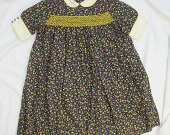 Vintage Kids Dress 50s Mod Girls Ditsy Floral Smocked Dolly Cinderella