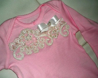 Newborn Baby Gown, Baby Coming Home Outfit, Baby Clothes, Baby Shower Gift, Photo Prop, 0 to 3 months