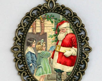 Santa and Kids Christmas NECKLACE holiday victorian vintage