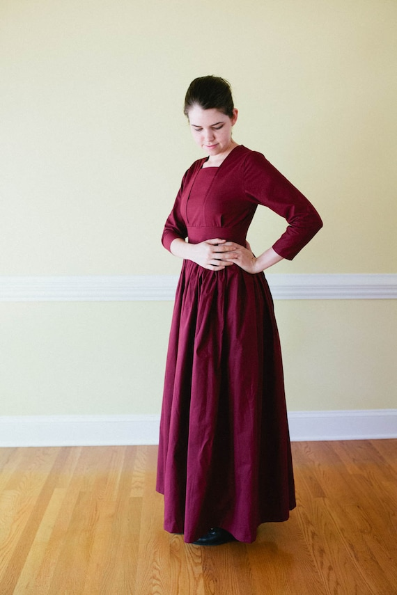 Easy DIY Edwardian Titanic Costumes 1910-1915 Tea Dress - long dress Edwardian dress - Prairie Dress - Made to Measure pioneer Dress - nursing access reenactment $80.00 AT vintagedancer.com