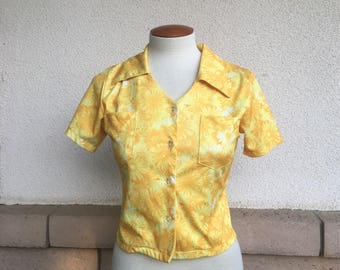Vintage 90s Cropped Blouse Yellow Orange GERBERA DAISY Print Button Up Collared Crop Top XS-S