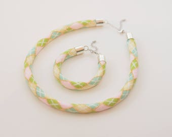 beaded rope necklace