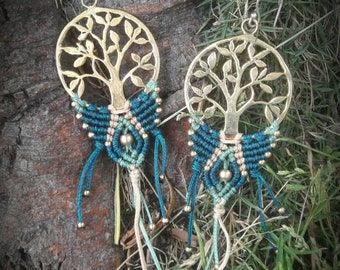 Macrame earring tree spirit