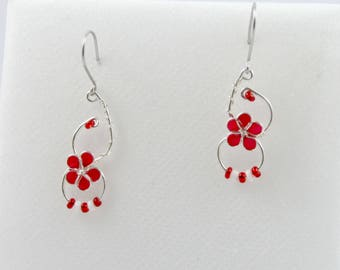Earrings red and white flower