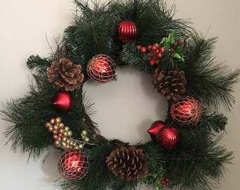 Christmas, Wreath with Pine Cones, Berries and Ornaments, Christmas Decor