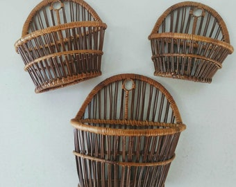 Vintage Wall Hanging Baskets Set of 3 Bamboo Wall Pocket Rattan Wicker Plant Baskets Bohemian Home Decor Boho Style Hanging Wall Storage