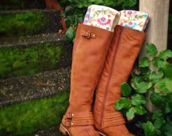 SLUGS Fleece Rain Boot Liners Cream Floral Stripe Cuff, Fall Winter Fashion, Leg Warmers, Boot Cuffs (Sm/Med 6-8)