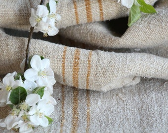 FP 475 antique handloomed BRIGTH HONEY, 50.39 long, old linen fabric, grainsack for pillows cushions runners , vintage fabric