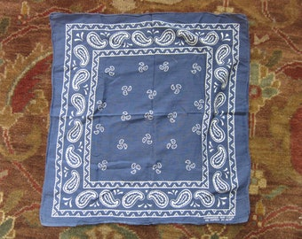 Navy Blue Paisley Guaranteed Fast Color 100% Cotton Bandana / 50s 60s, White, Made in USA, RN 14193, All Cotton