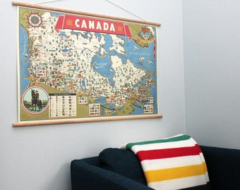 Map of Canada Retro 28 x 20'' Print + Hanging Kit