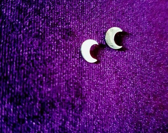 Crescent Moon Earstuds - gothic moon half moon phase occult wiccan mini moon ear stud