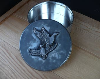 Metzke Pewter Tin, Geese (Ducks) In Flight