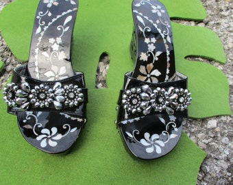 1970 Black Lacquer Slides Gunmetal Flowers Mother of Pearl Dead Stock