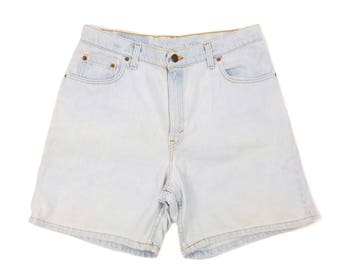 "Levis High Waist Shorts 15, Plus Size Levis Shorts 34"" Waist, Levis 550 Shorts, 90s High Waisted Shorts, Light Wash Denim, Plus Size Jeans"