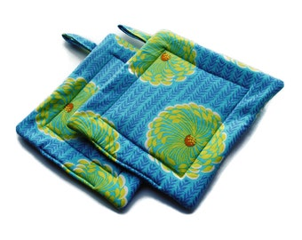 Handmade Pot Holders Set of 2 Amy Butler Blue Green Dahlia Potholders