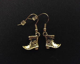 WITCH SHOES Charm Earrings Stainless Steel Ear Wire Silver Metal Unique Gift