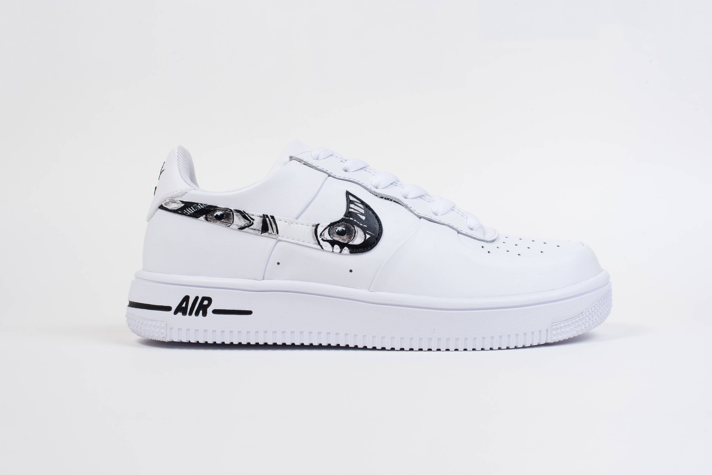 nike air force 1 mid medium grey\/white bathrooms