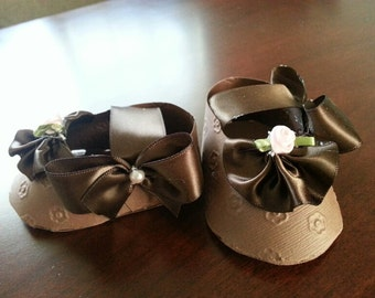 Set Of Ten Pink And Brown Shoe Favors / Girl Shoe Favors