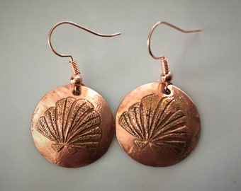 seashell earrings copper earrings dainty earrings Women's gifts Mother's Day gifts round earrings affordable jewelry teenager gifts BFF gift