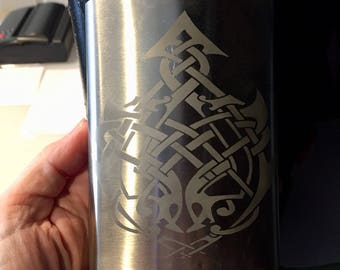 Sharp Celtic knotwork 8oz flask