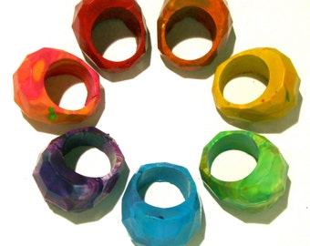 Crayon RINGS - Crayon Ring -Recycled Rainbow Crayon Rings in a Gift Box - Set of 4 Crayons - Recycled Geodome Crayon Easter Basket Gift Kids