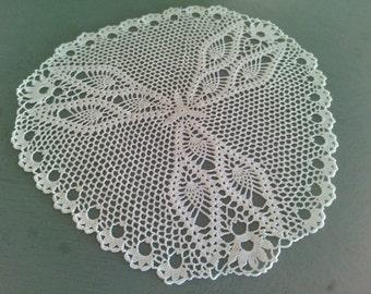 Napperon crochet blanc