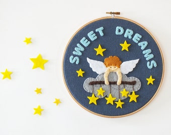 Baby nursery décor, Sweet dreams embroidery hoop, wall art, baby shower gift, new baby gift, Personalized baby name sign, Kids room décor