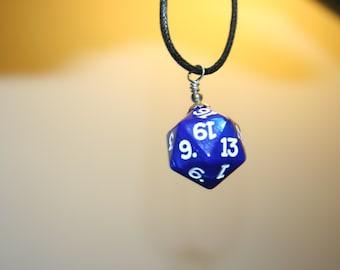 D20 pendant necklace