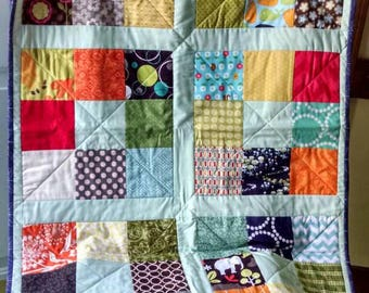 Gender Neutral Quilt/I Spy Quilt/Simple Modern Quilt/Baby Quilt/Modern Baby Quilt