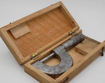 0.25 mm micrometer has 1: 100 mm, manual loom master cabinetmaker, engineering tool