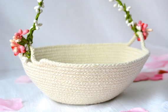 Flower Girl Basket, Handmade Quilted Bowl, Primitive Coiled Fabric Basket, Rustic Natural Raw Rope Wedding Decor, Clothesline Bowl