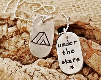 Camping necklace - Camping Jewelry - Outdoors Jewelry - Tenting Necklace - Gift for Camper - Happy Camper