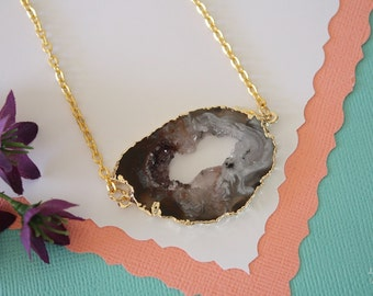 Geode Necklace Gold, Crystal Necklace, Double Sided Geode Agate Slice, Druzy Pendant, Natural Pendant, Natural Stone, GDSN42