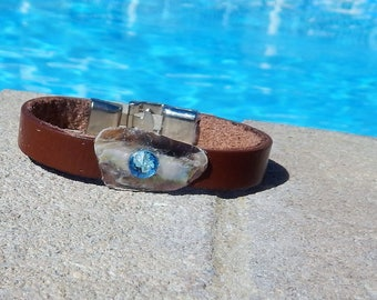 Unique ladies leather bracelet with Abalone and Swavorski Crystal