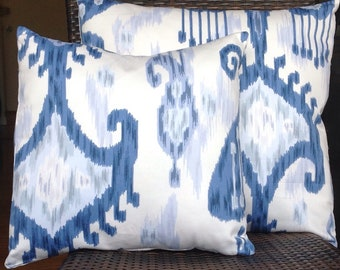 Set- Blue and White Ikat Pillow (1)  20x20 (1) (18x18)