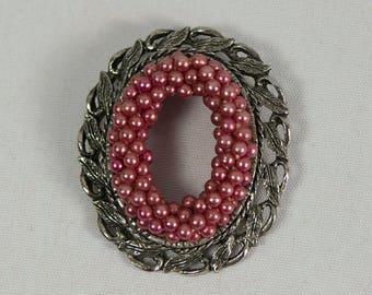 Vintage 1950s Pink Pearl Oval Wreath Brooch Silver Tone Metal