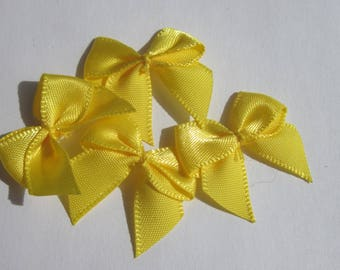 4 nodes in satin fabric yellow 23x25mm - (A137)
