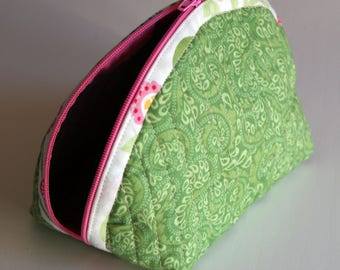 Handmade Dumpling pouch - fabric - quilted - green white yellow pink