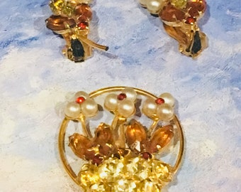 Yellow and Orange 1960's Vintage Brooch and Earring Set