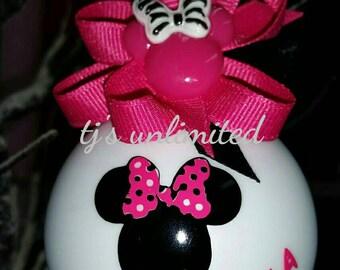 Minnie mouse ornament. Disney ornament