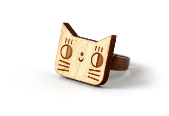 Cat ring - cute jewelry - graphic kawaii jewellery - lasercut wood ring - wooden animal ring - lasercutting - animal jewellery