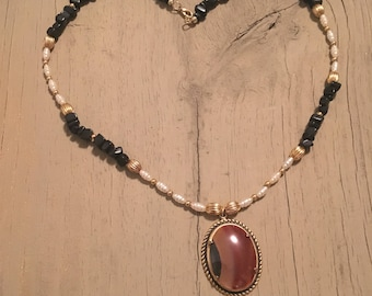 Freshwater pearl and onyx necklace with pendant