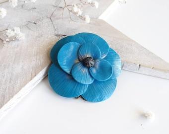 Pretty peacock blue flower brooch flower brooch