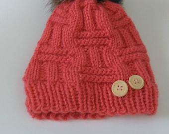 Hat 6-12 months