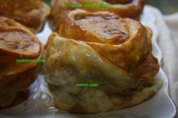 Vegan Pumpkin  Buns 5 PIECES, love,natural and healthy ingredients,birthday,wedding.