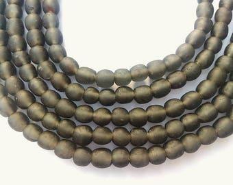 75 TGBS34 - dark gray - translucent glass beads